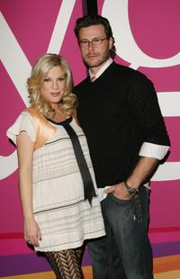 Tori Spelling and Dean McDermott at the 2007 Winter TCA Press Tour.
