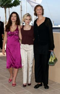 Janet McTeer, Romane Bohringer and Jennifer Jason Leigh at the at the 53rd Cannes Film Festival, at the photo call for
