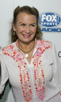 Juliet Mills at the Los Angeles premiere of