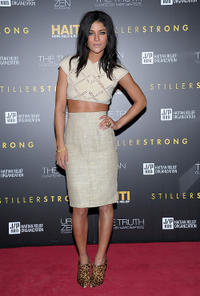 Jessica Szohr at the HELP HAITI Benefiting The Ben Stiller Foundation and The J/P Haitian Relief Organization in New York.