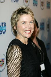 Annette Bening at the Cure Autism Now's 10th Anniversay Gala.