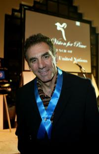 Michael Richards at the Global Vision for Peace launch of Artists for the United Nations.