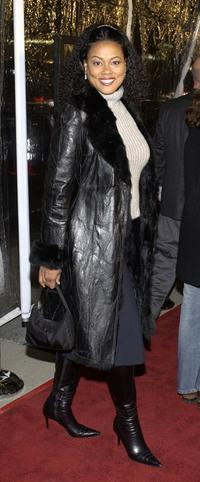 Lela Rochon at the premiere of