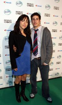 Jason Biggs and Jenny Mollen at the 34th Annual People's Choice Awards.
