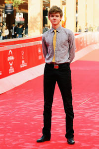 Thomas Brodie-Sangster at the photocall of
