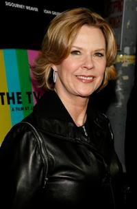 JoBeth Williams at the premiere of