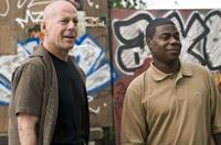 Bruce Willis as Jimmy and Tracy Morgan as Paul in