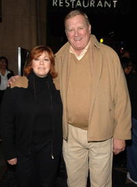 Linda Fetters and Ken Howard at the premiere of