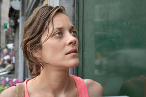 News Briefs: Marion Cotillard Will Star in 'Assassin's Creed'; Gina Carano Joins Ryan Reynolds in 'Deadpool'