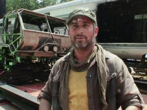 Fast Five: Truck Hitting Fan-Bonus Clip (Exclusive)