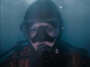 Big Miracle: Drew's Coldwater Dive (Featurette)