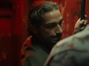 Exclusive: Charlie Countryman - Bathroom