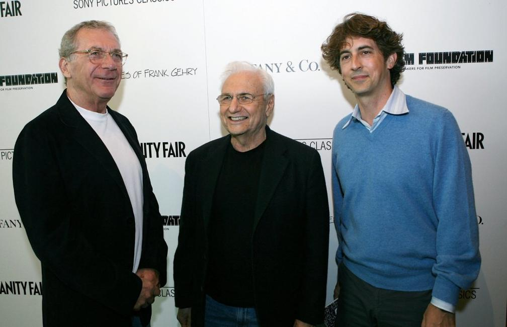 Alexander Payne, Sydney Pollack and Frank Gehry at the Los Angeles premiere of