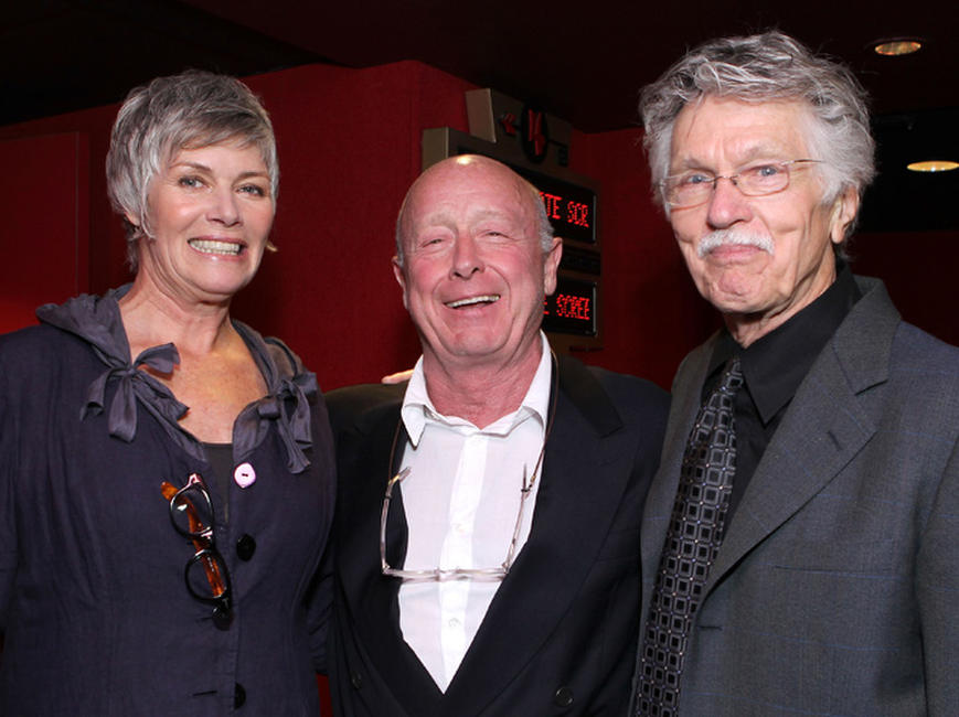 Kelly McGillis, Tony Scott and Tom Skerritt at the premiere of
