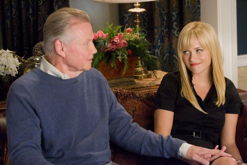Jon Voight as Creighton and Reese Witherspoon as Kate in