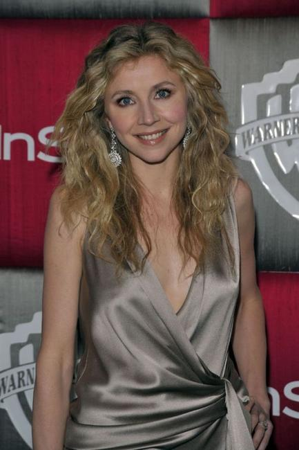 Sarah Chalke at the 66th Annual Golden Globe Awards.