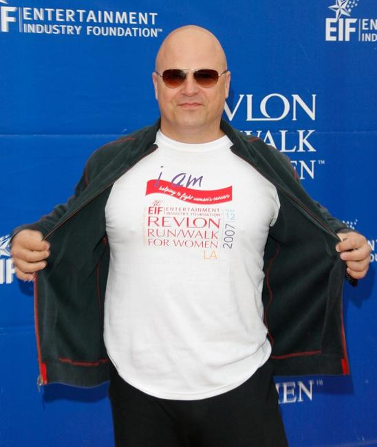 Michael Chiklis at the Revlon Run/Walk for women held at Los Angeles Memorial Coliseum.