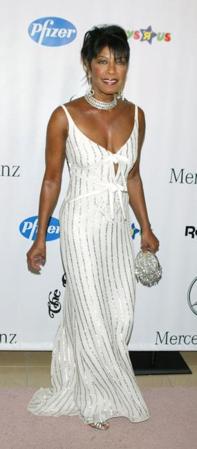 Natalie Cole at the 16th Carousel of Hope presented by Mercedes-Benz.