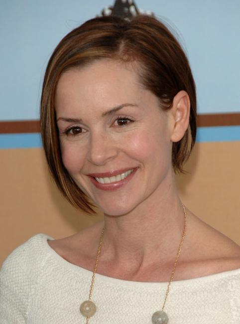 Embeth Davidtz at the Film Independent's 2006 Independent Spirit Awards.
