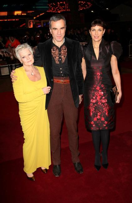 Judi Dench, Daniel Day-Lewis and Guest at the world premiere of