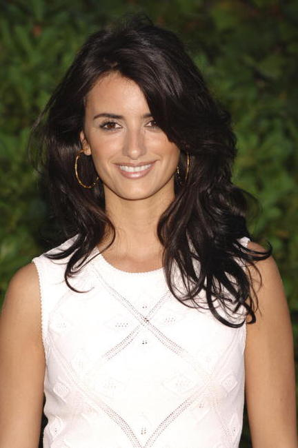 "Penelope Cruz at the Spanish photocall for ""Volver"" in Madrid, Spain."