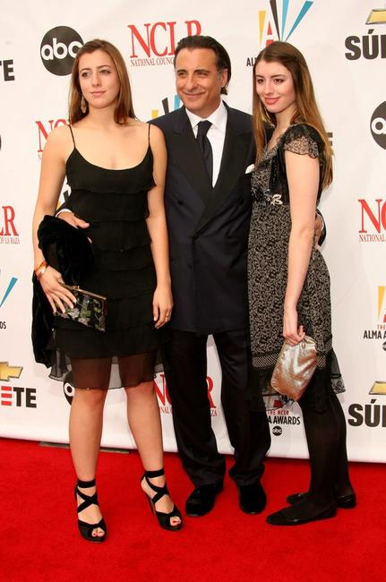 Andy Garcia with daughters Daniella Garcia and Dominik Garciaat the 2007 NCLR ALMA Awards.