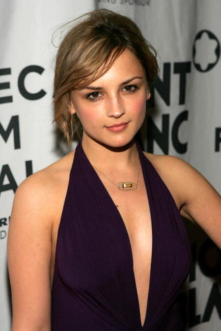 Rachael Leigh Cook at The Montblanc De La Culture Award awards in New York City.