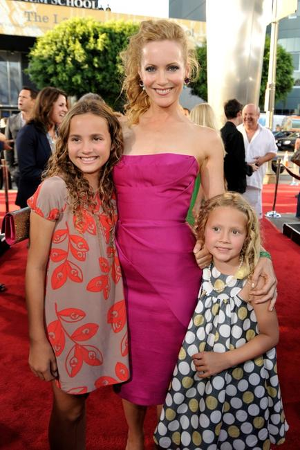Maude Apatow, Leslie Mann and Iris Apatow at the California premiere of