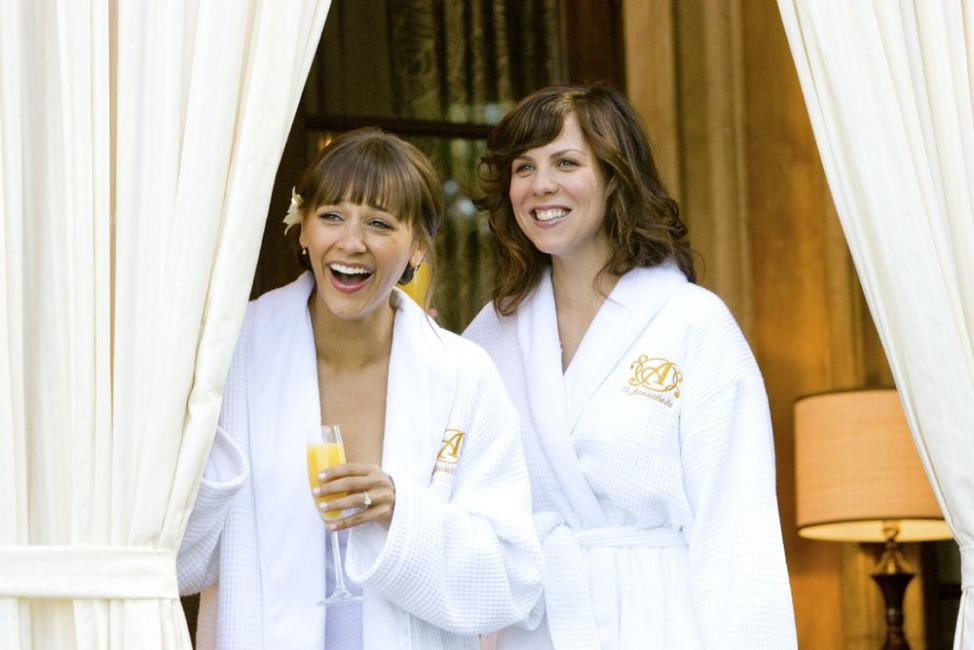 Rashida Jones as Zooey Rice and Sarah Burns as Hailey in