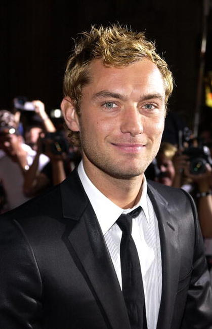 Jude Law at the Hollywood premiere of