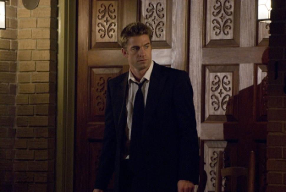Scott Speedman as James Hoyt in