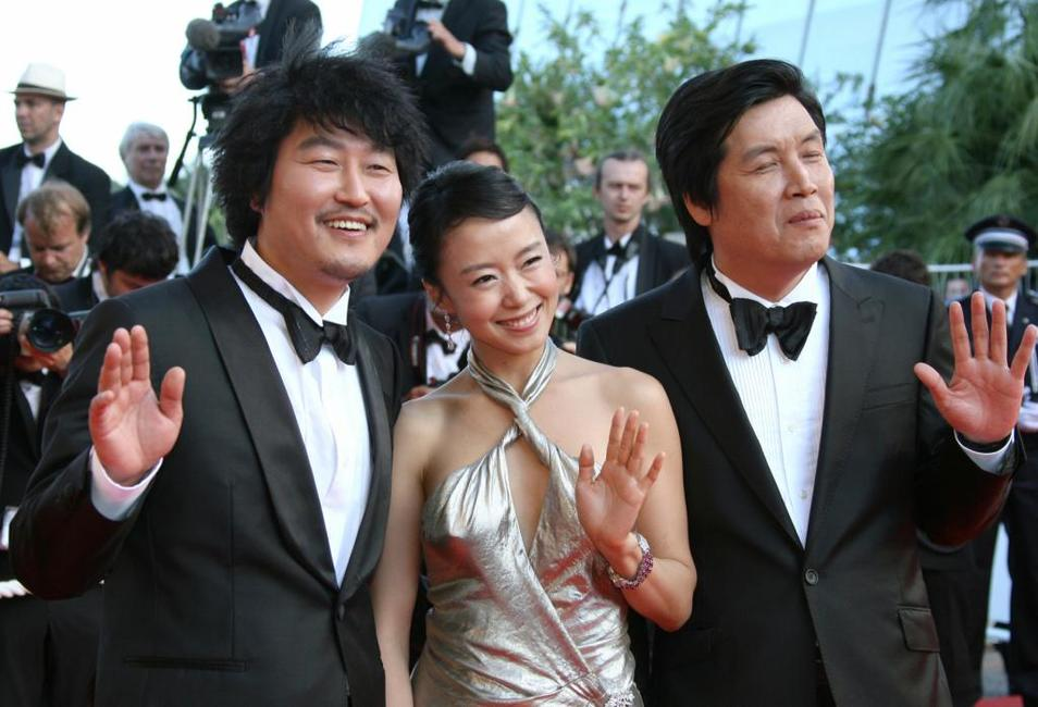 Song Kang-ho, Do-yeon Jeon and Lee Chang-Dong at the Closing ceremony of 60th edition of the Cannes Film Festival.