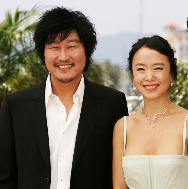 Song Kang-ho and Do-yeon Jeon at the photocall of
