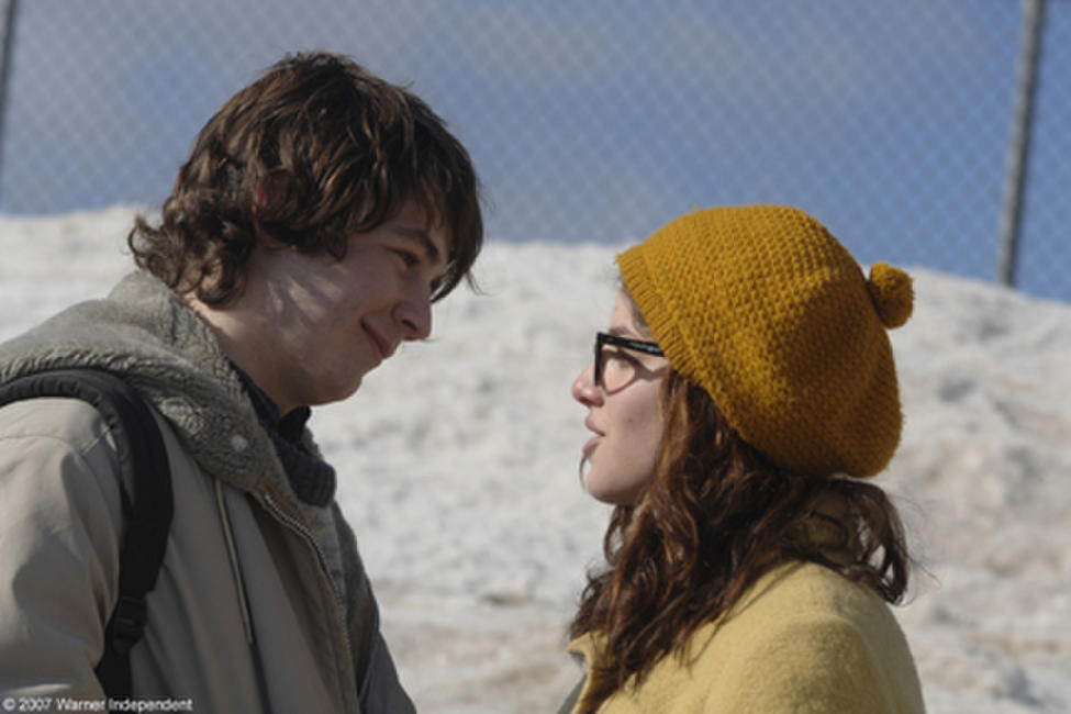 Michael Angarano and Olivia Thirlby in