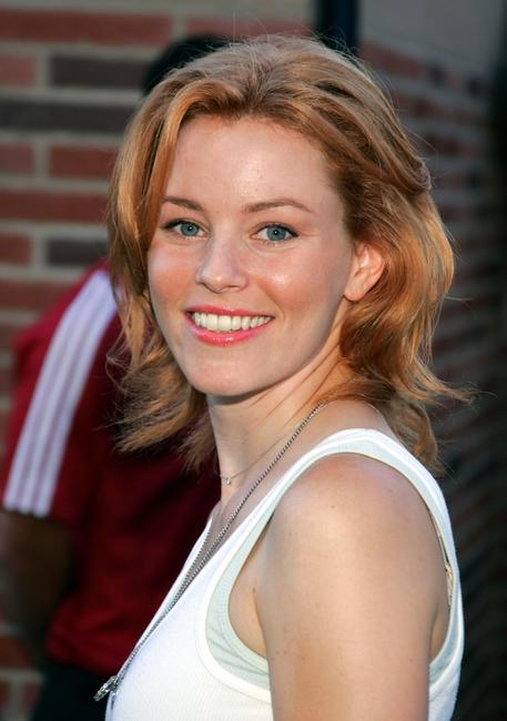 Elizabeth Banks at the 78th Annual Mercedes-Benz Cup Tennis Tournament.