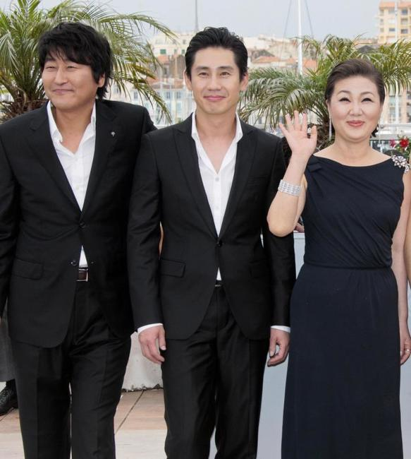 Song Kang-Ho, Shin Ha-kyun and Kim Hae-Sook at the photocall of