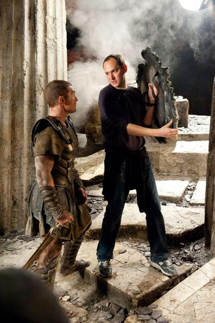 Sam Worthington and director Louis Leterrier on the set of