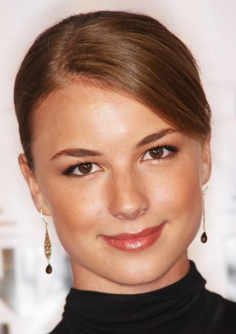 Emily VanCamp at the