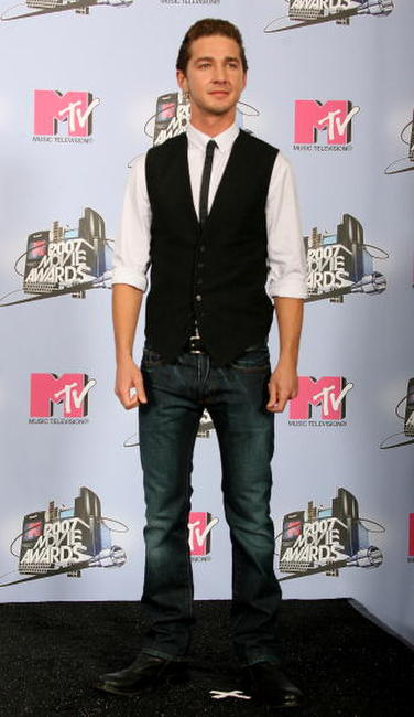 Shia LaBeouf at the 2007 MTV Movie Awards in Unversal City.