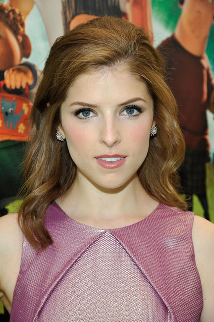 Anna Kendrick at the world premiere of
