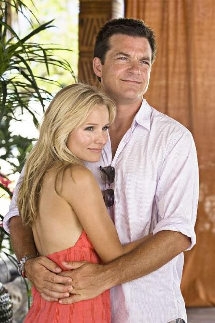Kristen Bell as Cynthia and Jason Bateman as Jason in