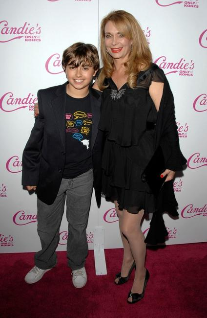 Jansen Panettiere and Lesley Panettiere at the Spring 2008 Candie's Campaign.