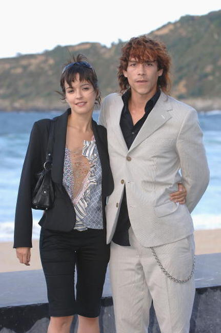 Veronica Sanchez and Oscar Jaenada at the photocall of