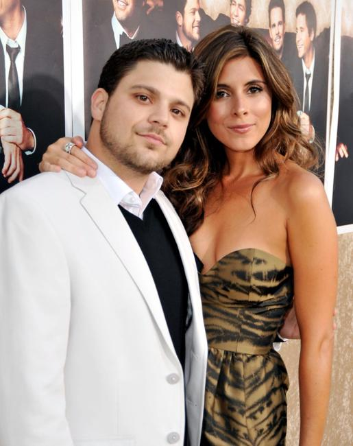 Jerry Ferrara and Jamie-Lynn Sigler at the premiere of