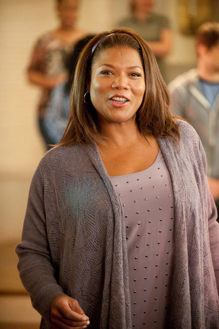 Queen Latifah as Vi Rose Hill in