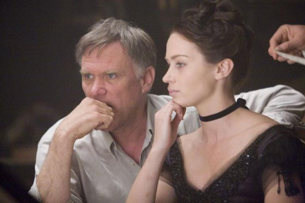 Joe Johnston and Emily Blunt on the set of