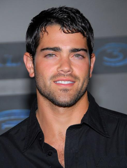 Jesse Metcalfe at the XBOX 360