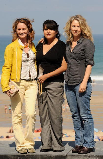 Melissa Leo, Misty Upham and director Courtney Hunt at the photocall of