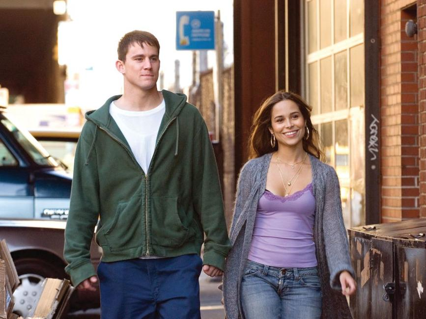 Channing Tatum as Shawn MacArthur and Zulay Henao as Zulay Velez in