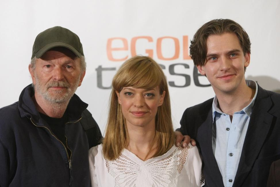 Michael Gwisdek, Heike Makatsch and Dan Stevens at the photocall of